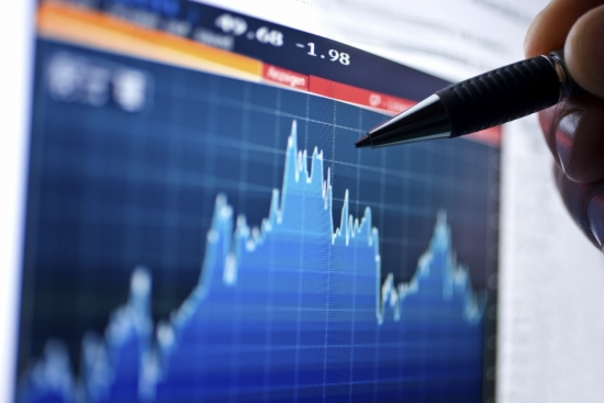 Покупка акций осуществляется через брокеров