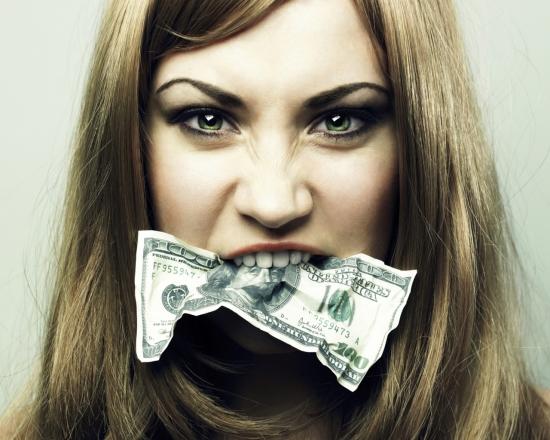 Кредитную карту необходимо кормить раз в месяц, чтобы она не злилась