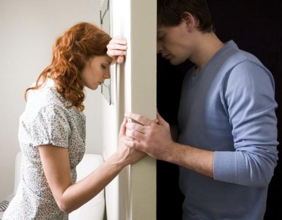 Жилищные проблемы зачастую могут создавать проблемы и в семейных отношениях